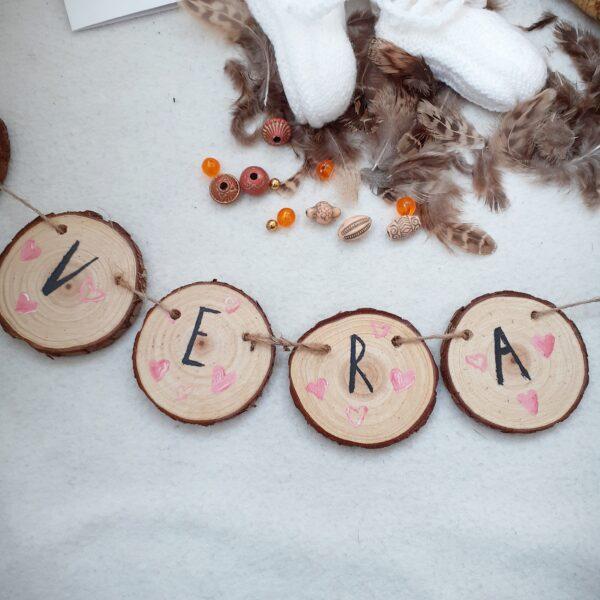 persoonlijk kraamcadeau, houten geboorteslinger