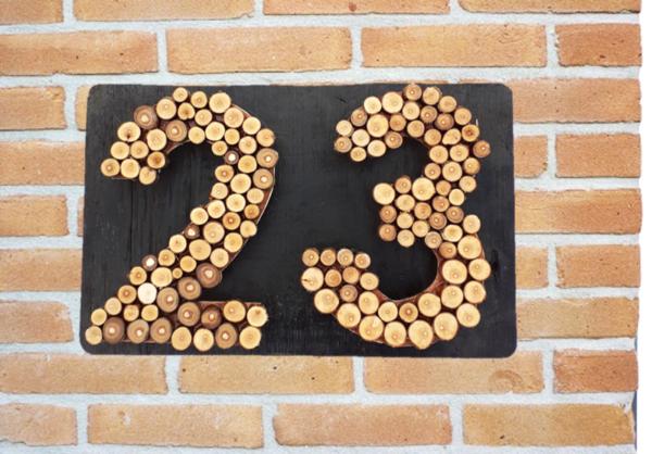 Huisnummer hout